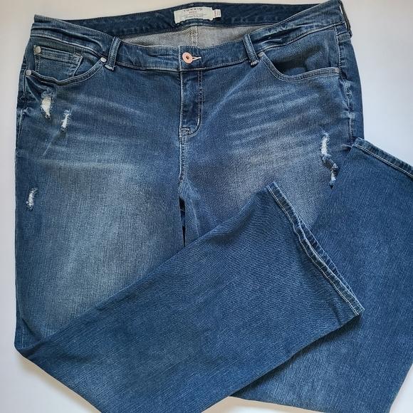 Torrid Distressed Slim Bootcut Super Stretch Jean